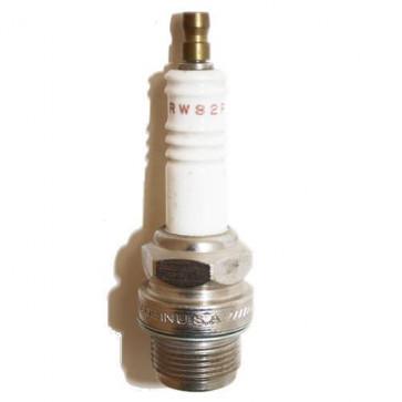 Champion Spark Plug RW82P